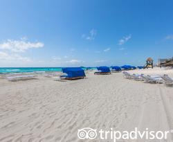Beach at The Ritz-Carlton, Cancun