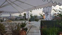 Diner en terrasse avec superbe vue sur Paris