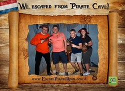 We escaped from Pirate Cave!