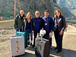 Saying good-bye to our guide at the Tibet-Nepal border.
