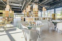 Restaurant-Bar T.A.T.A. Table Authentique avec Tout notre Amour