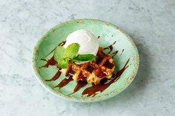 Rosa's Thai Cafe dessert Waffle & Organic Ice Cream