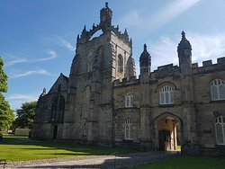 King's College in Old Aberdeen. One of the sights we see on our Great Scot: Old Aberdeen Tour.