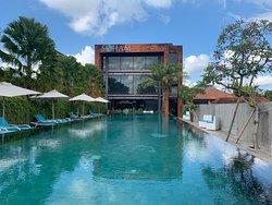 Wow! Fantastic villa and wonderful service