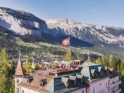 Dachterrasse Schweizerhof Flims, Romantik Hotel mit Honesty Bar