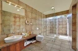 Hazel Suite Bathroom