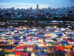Train Night Market Ratchada