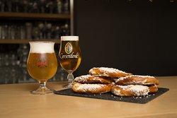 Beer & Pretzel