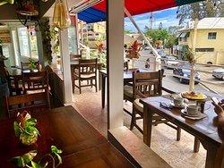 Sibarita Cafe, Lectura y Arte
