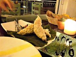 stuffed zucchini flowers with ricotta