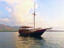 Bali Shanti Cruises