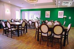 Pierwsze piętro - restauracja.