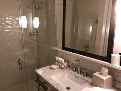 Stylish and functional bath