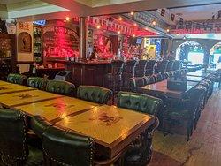 Le Cerbere Resto-pub