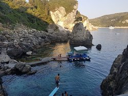 La Grotta Beach Bar