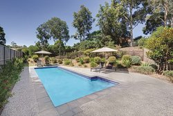 adina apartment hotel norwest sydney pool