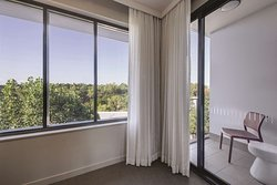 adina apartment hotel norwest sydney one bedroom apartment balcony