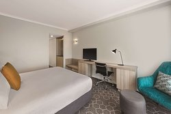 vibe hotel rushcutters sydney executive suite bedroom king