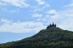 孤高の城という雰囲気。