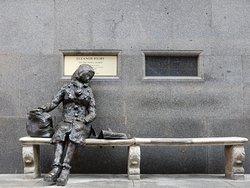 Eleanor Rigby Statue