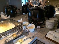 Club Lounge breakfast