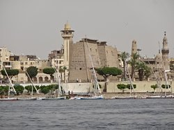 Optional Nile boat trip 40-45 minutes well worth it