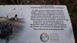 Placa sobre a Cruz do Calvário