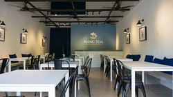 Hang toa restaurant interior