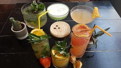A family of Cocktail and Mock-tails for the thirsty summer days