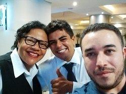 Marina, Léonardo and me. Thanks and good continuation ! Amaël