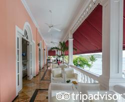 Lobby Bar at the Luxury Bahia Principe Samana