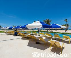 Beach Club at the Ocean El Faro