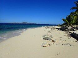 Nirvana (a desert island paradise)