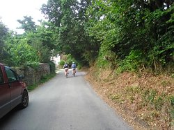 Cycling the quiet Cornish country lanes