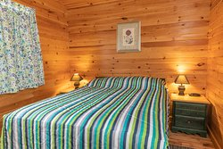 Chalet #8- 2 Bedroom Executive Large Photo's 2019 NEW HEAT PUMPS IN EVERY UNIT! #8, #9, and #10 are identical Units