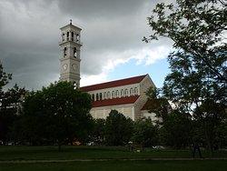 プリシュティーナ時計塔