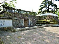 高崎城跡~2(城跡・公園入口)