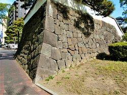 高崎城跡~3(修景用の塗り込め塀)