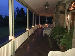 Front Porch / Evening / Idlwilde Inn