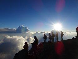 Sobre un mar de nubes