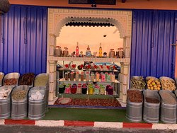 shops in medina