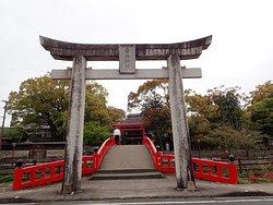 青井阿蘇神社の入口の鳥居