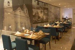 Le Premier Restaurant