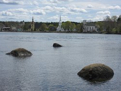 Mahone Bay Photo Op-3 Churches