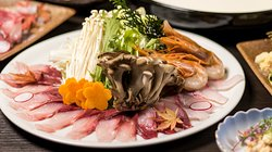 産地直送の鮮魚をふんだんに使用した宴会コースは3998円よりご用意しております!