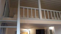 The upper level of Erato room