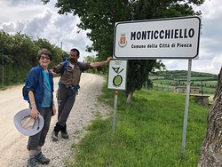 Yes, we made it from Montepulciano to Monticchiello without any rain!