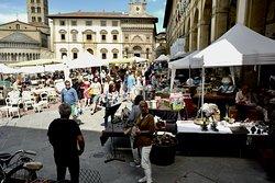 Antique market in Piazza Grande