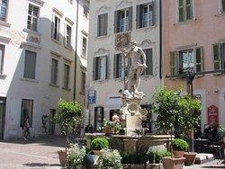 Fontana del Nettuno di Rovereto