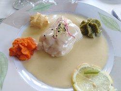 filet de merlu sauce hollandaise